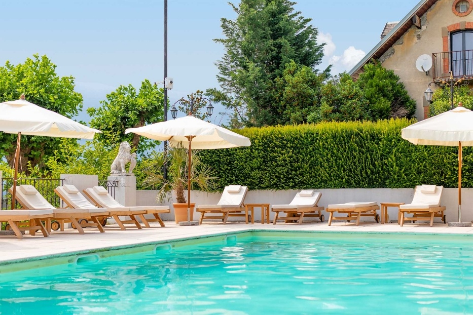 piscine-chateau-candie